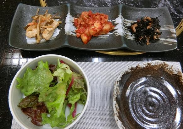 麻布十番 韓国料理「韓日館」ランチサラダ