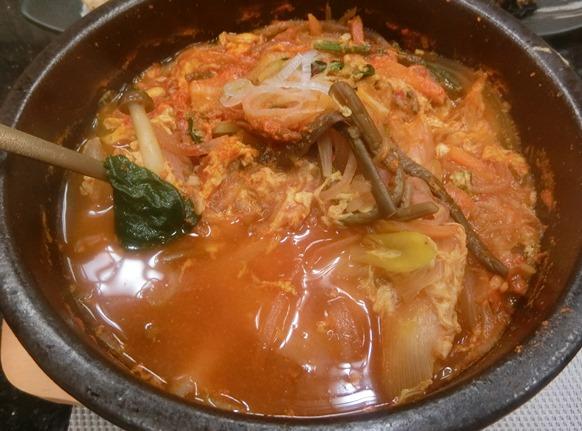 麻布十番 韓国料理「韓日館」ランチ ユッケジャンスープ