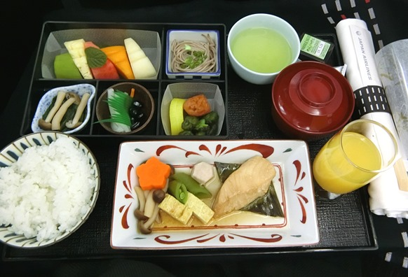 JAL 日本航空 ビジネスクラス クアラルンプール成田 機内食