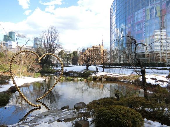 雪と六本木ヒルズ毛利庭園2018