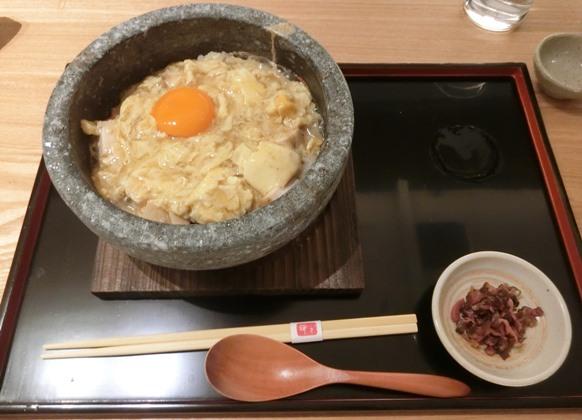 麻布十番 「輝々麻布 KIKI AZABU」ランチ親子丼