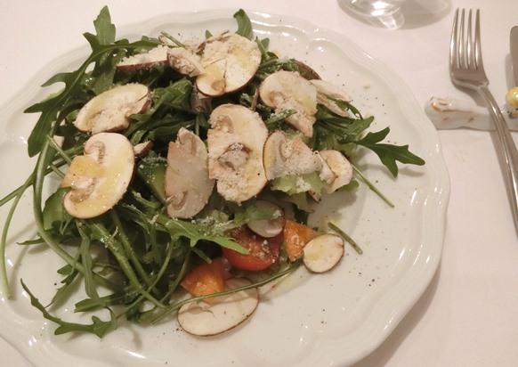 麻布十番「La Pastaione ラ・パスタイオーネ」ランチサラダ