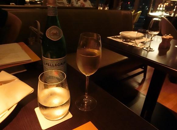 グランドハイアット クアラルンプール THIRTY8 シャンパン