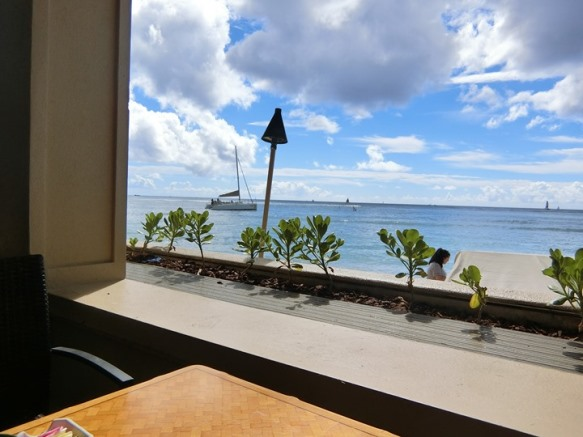 ハワイ アウトリガーリーフ ザ・リーフ バー&マーケットグリル 眺望