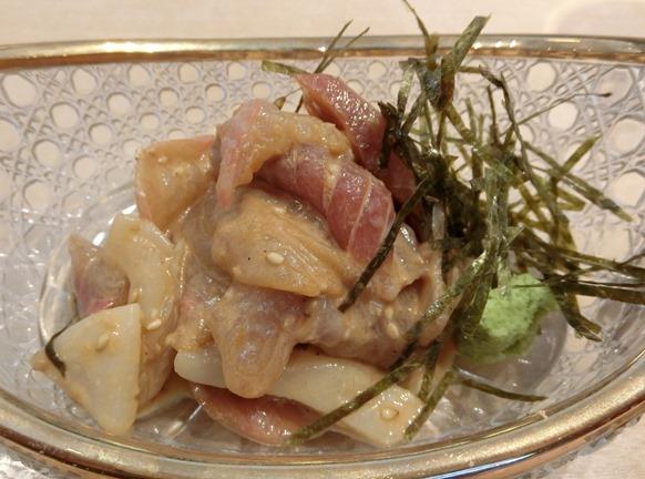 麻布十番「嘉 YOSHI」ランチ ゴマ風味の漬け刺身定食