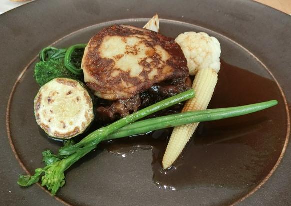 丸の内 mikuni ミクニ マルノウチ 東京野菜の旬づくし メイン牛煮込み