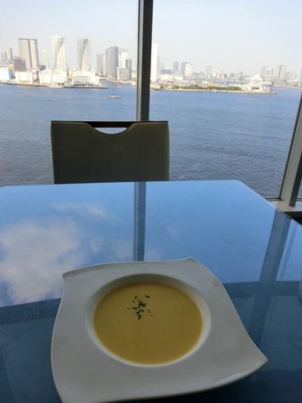 芝浦 OCEAN DISH Q'on オーシャン ディッシュ クオン ランチスープ